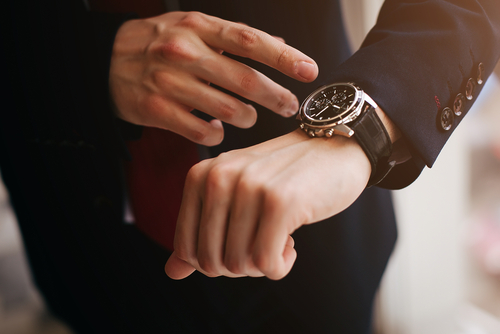 A watch with floaters policy